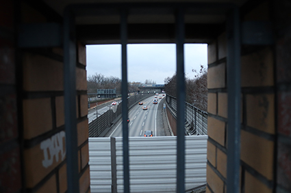 Blick auf die A100 vom Turm an der Teilestraße